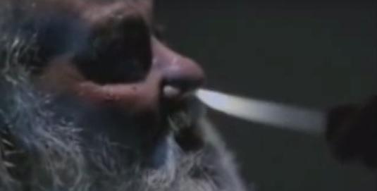 Jack Bauer interroga o Papai Noel (Dublado) + Homem de Ferro 2
